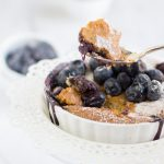 Torta ai mirtilli e cocco #vegan opzione  #glutenfree inclusa  #sana #dietetica | vegan blueberry & coconut cake. Easy, simple and delicious cake everyone will love. #vegan #glutenfree option #healthy #beautiful