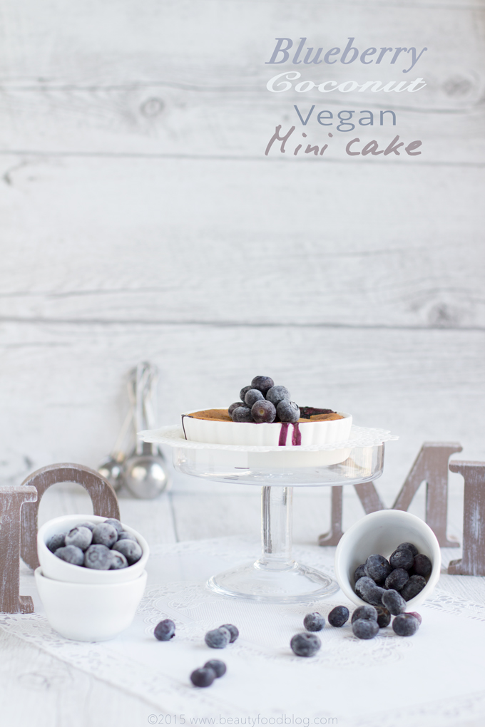 vegan-blueberries-and-coconut-oil-cake-torta-ai-mirtilli-e-olio-di-cocco-#vegan-#comfortfood