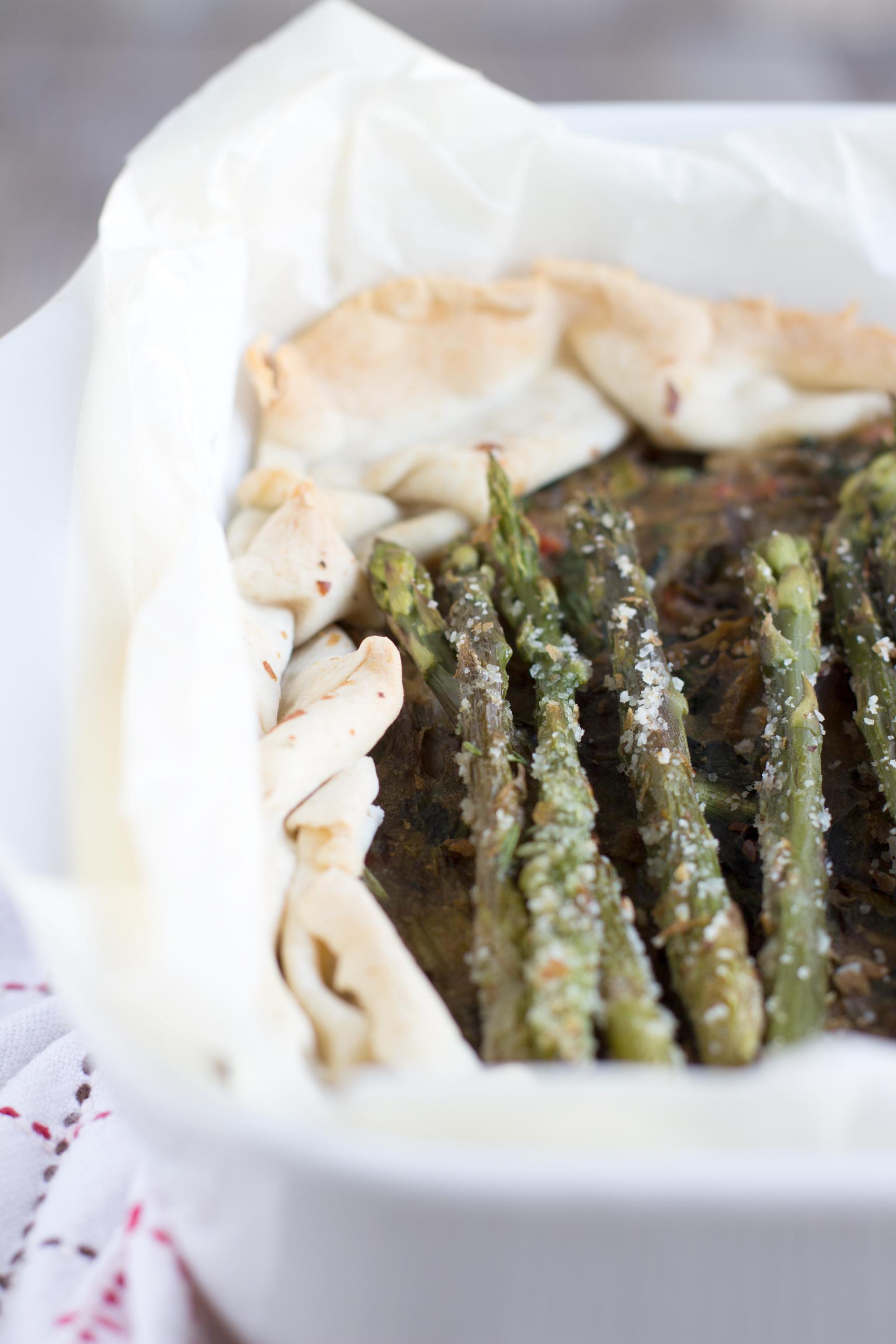 Torta salata light con farina di Kamut e asparagi gratinati, cicorino e patate #vegan # dietetico #ipocalorico