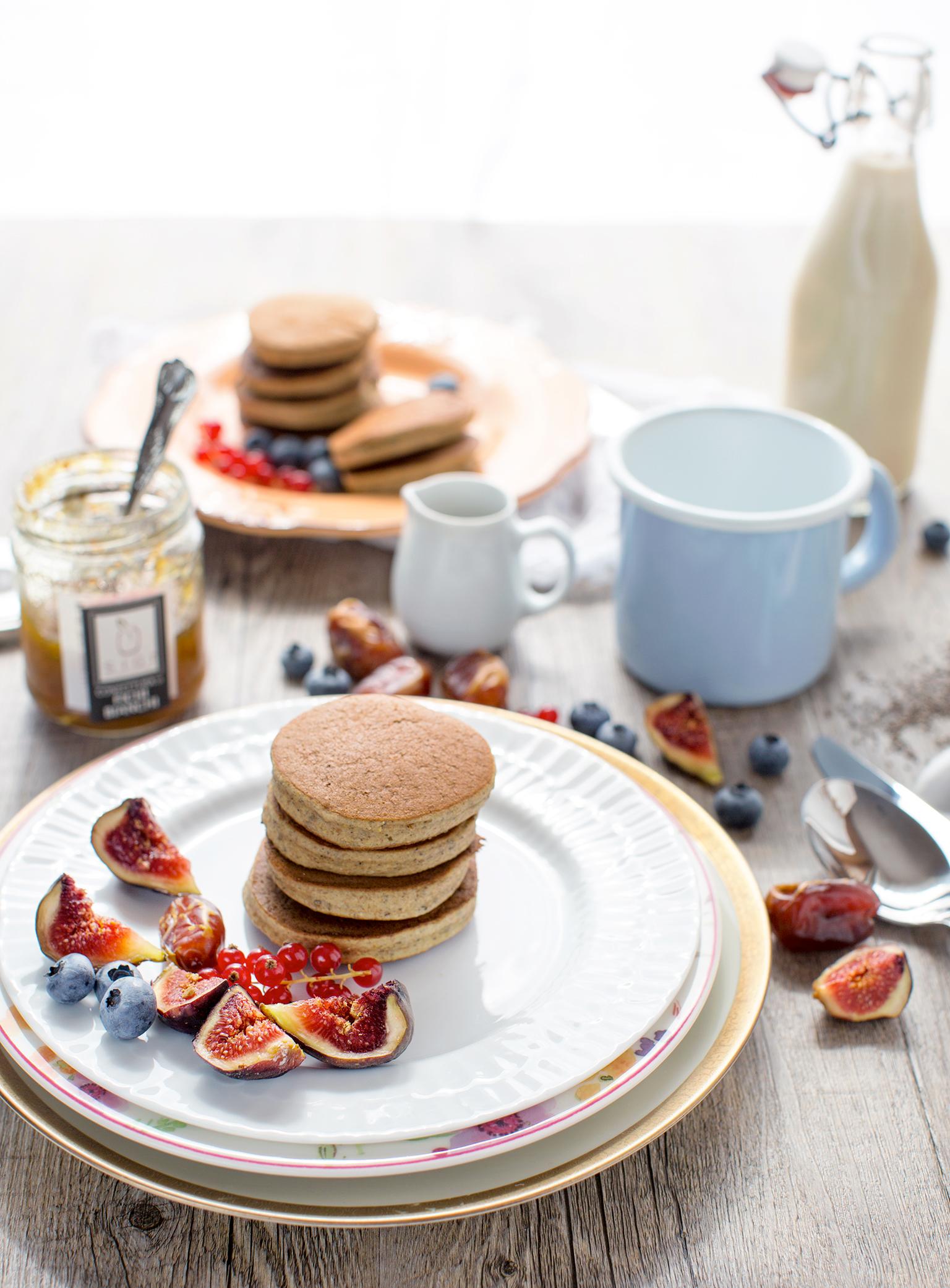 pancakes al grano saraceno vegan senza glutine con marmellata di fichi | vegan glutenfree buckwheat pancakes with figs jam