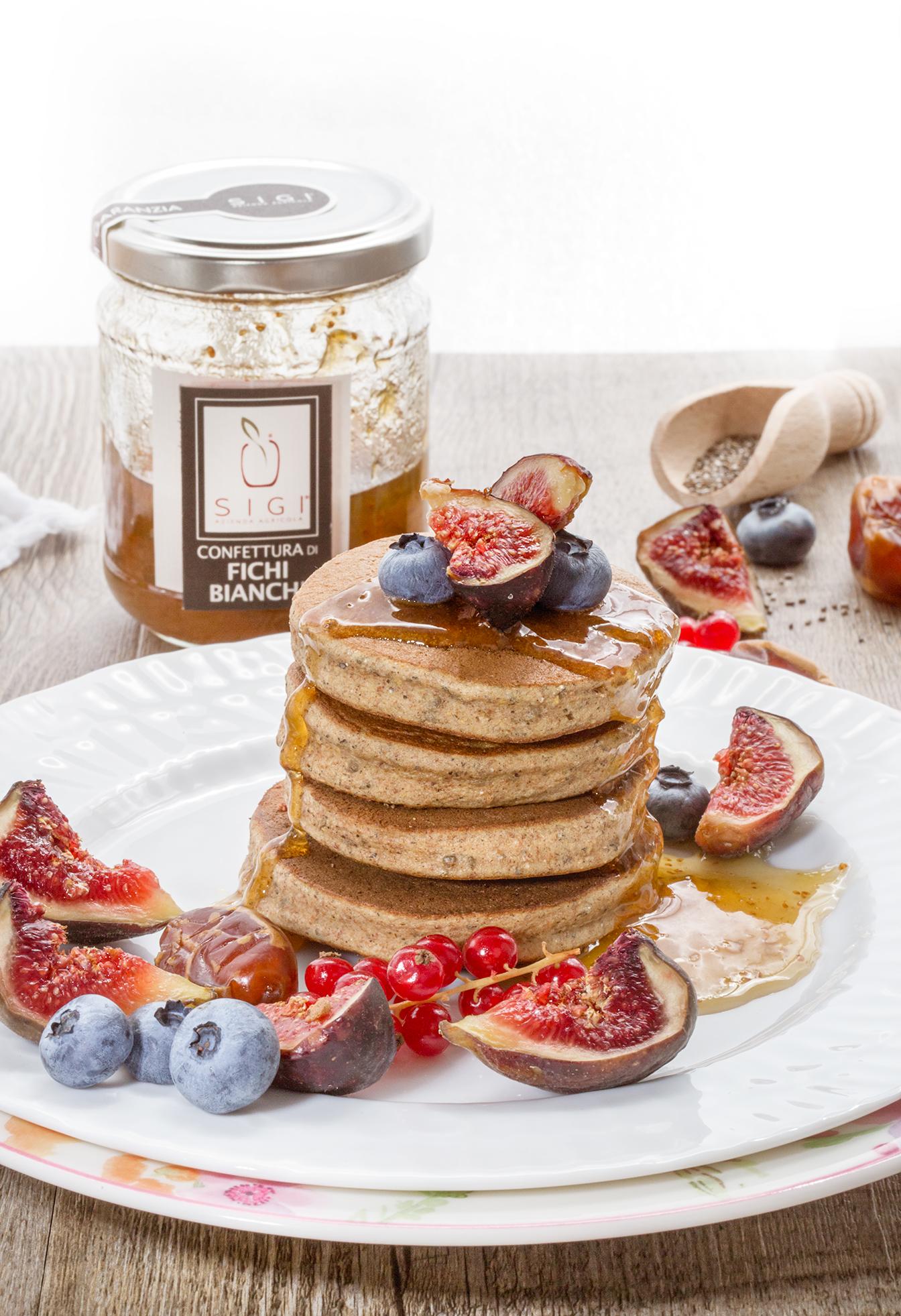 pancakes grano saraceno vegan senza glutine ai datteri  | vegan glutenfree buckwheat pancakes with figs marmalade