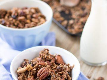 crunchy spiced nut #granola clusters #autumn granola recipe with oats buckwheat - vegan-glutenfree ricetta granola croccante cacao cannella nocciole noci mandorle granola autunnale #vegan #senzaglutine