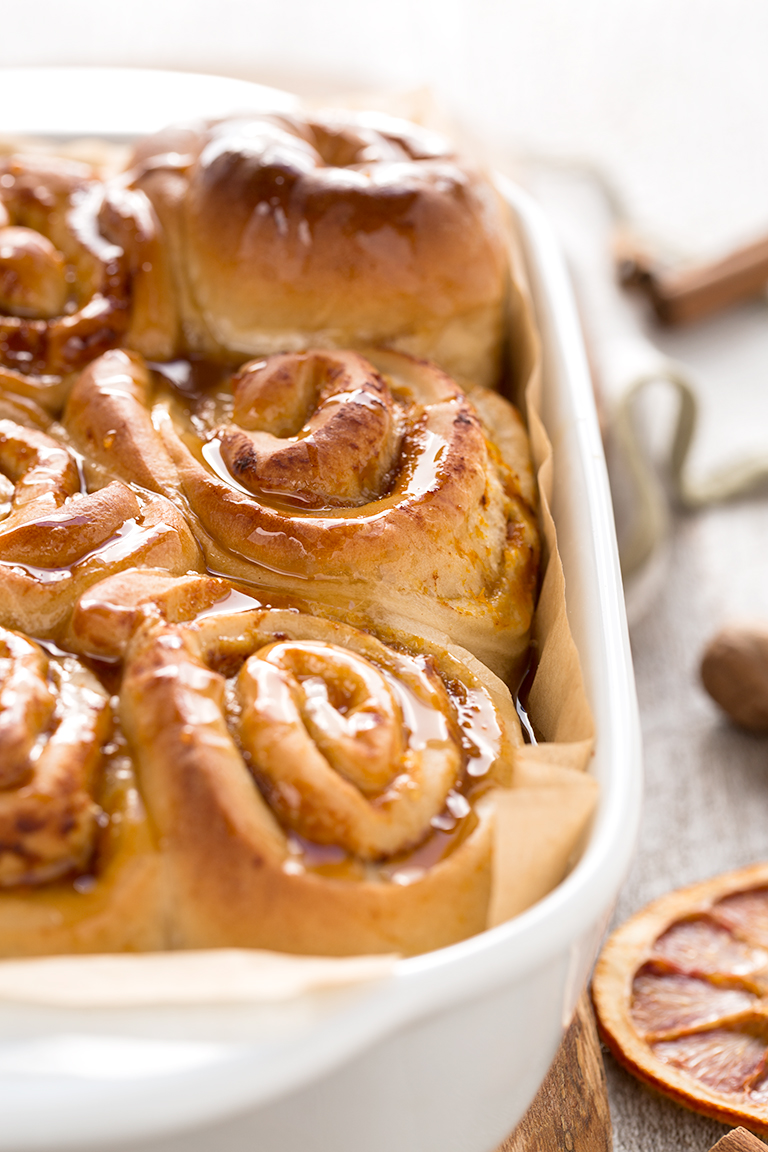 Christmas easy vegan cinnamon rolls recipe with pumpkin filling low sugar #breakfast | cinnamon rolls vegan ricetta per #natale colazione senza latte senza burro senza uova pochi zuccheri