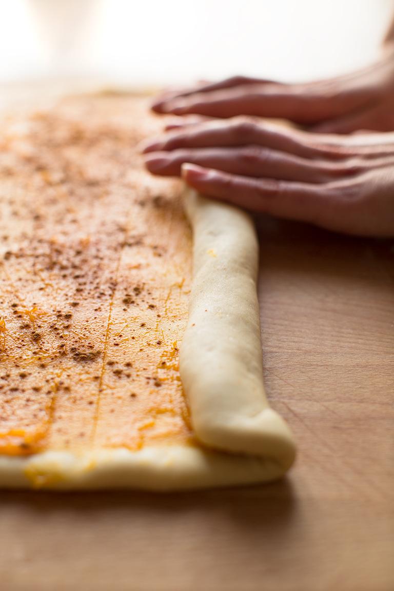 Easy #vegan #pumpkin cinnamon rolls recipe #xmas #breakfast how to | #cinnamon rolls vegan ricetta brioches alla cannella senza latte senza burro senza uova come preparare