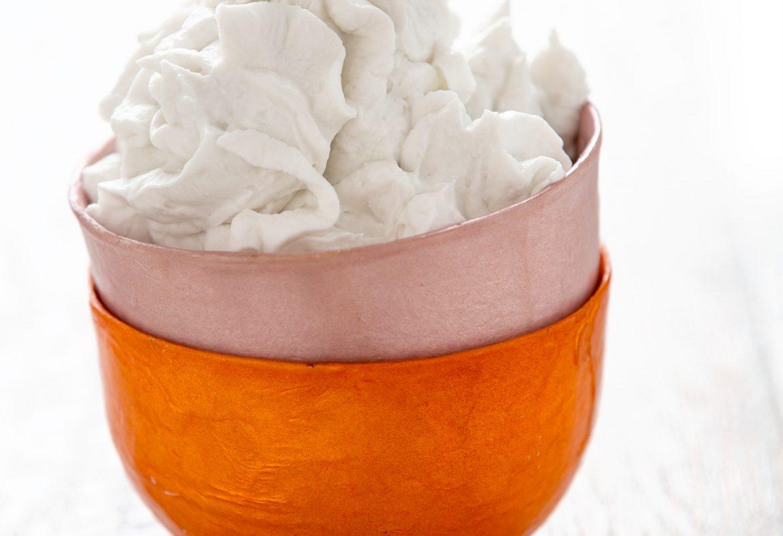 Ricetta come preparare la anna di cocco panna montata vegan // how to make coconut whipped cream #vegan recipe