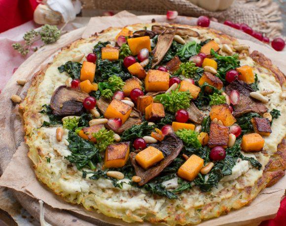 #vegan #glutenfree ROSTI POTATOES PIZZA recipe with kale, pumpkin, mushrooms and pomegranate. low fat #easy | Ricetta Rosti pizza di patate senza glutine vegan con kale, zucca e melagrana