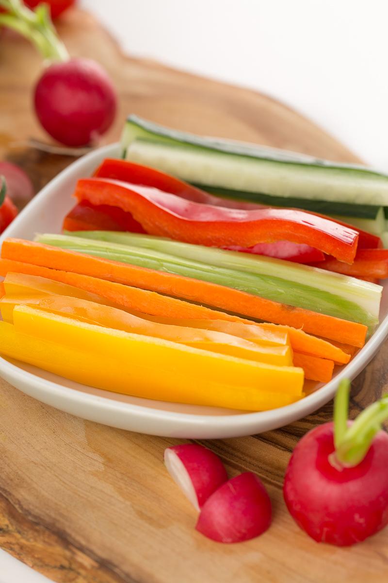 Easy vegan tzatziki sauce recipe #vehan #glutenfree | Ricetta TZATZIKI vegan salsa allo yogurt di soia |
