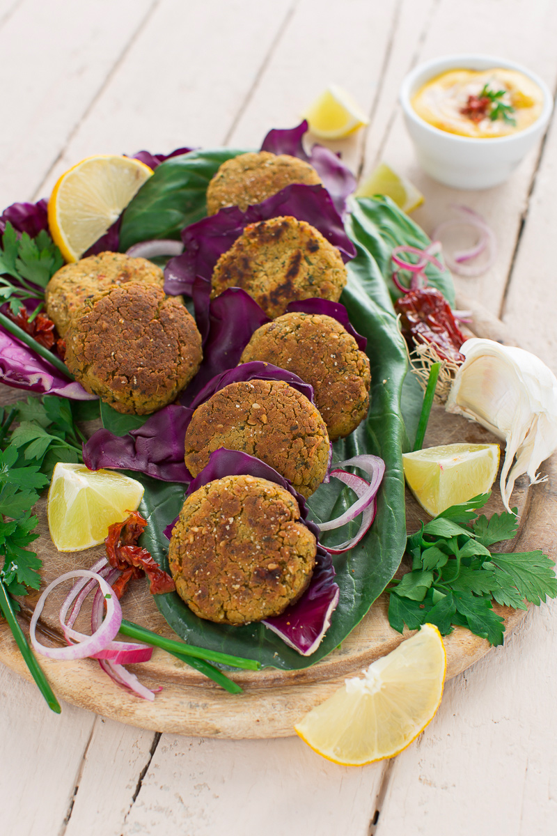 vegan BAKED FALAFEL recipe or pan fried falafel #glutenfree #vegan #easy and #healthy - ricetta falafel al forno o falafel in padella facili #senzaglutine vegan