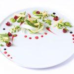 Equinozio di Primavera | Nido di asparagi cotti e crudi con coulis di ciliegie su crema di piselli e riduzione balsamica | Vegan & Gluten Free