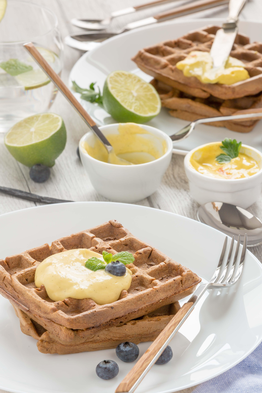#vegan #glutenfree #mango #waffles sweet and savoiry / 2 types with mango vanilla sauce and mango mayo recipe | ricetta waffles al mango senza uova vegan senza glutine con crema di mango e vaniglia