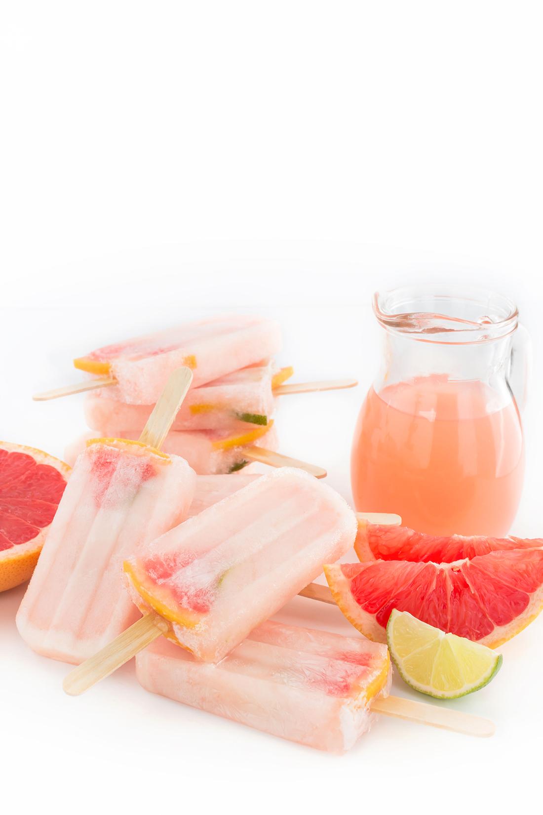 VEGAN 3 INGREDIENTS PINK GRAPEFRUIT POPSICLES - GHIACCIOLI al POMPELMO ROSA 3 ingredienti idratanti limonata al pompelmo