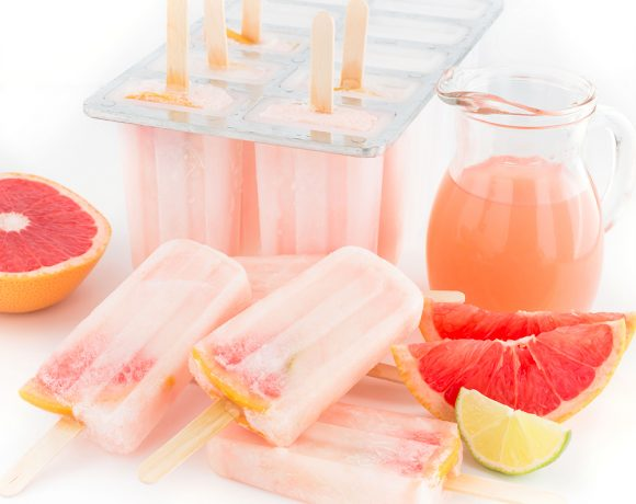 ghiaccioli al pompelmo rosa limonata al pompelmo - vegan pink grapefruit popsicles