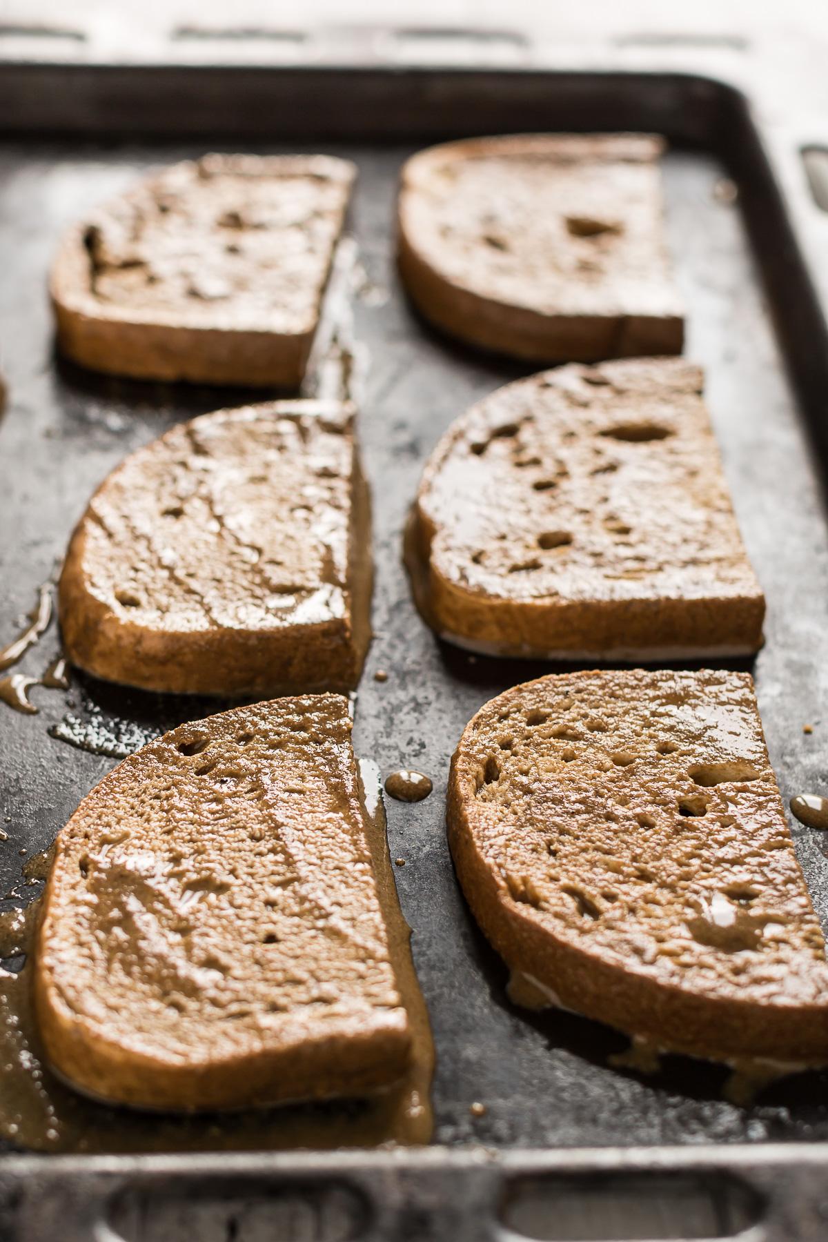 ricetta french toast vegano alla cannella senza glutine al forno - baked vegan cinnamon french toast