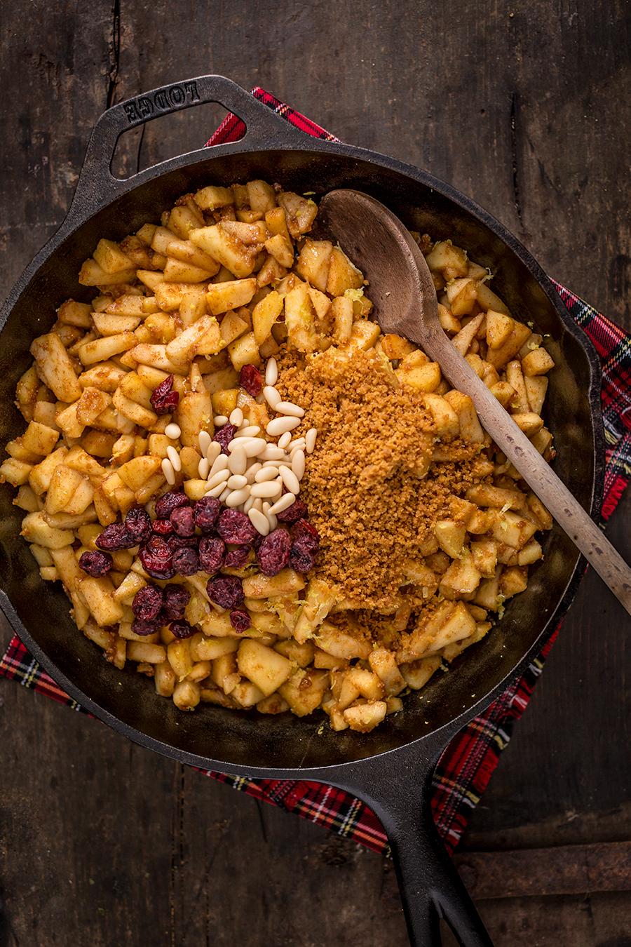 Healthy Vegan apple strudel recipe Ricetta Strudel di mele vegan senza uova senza burro ingredienti apfelstrudel