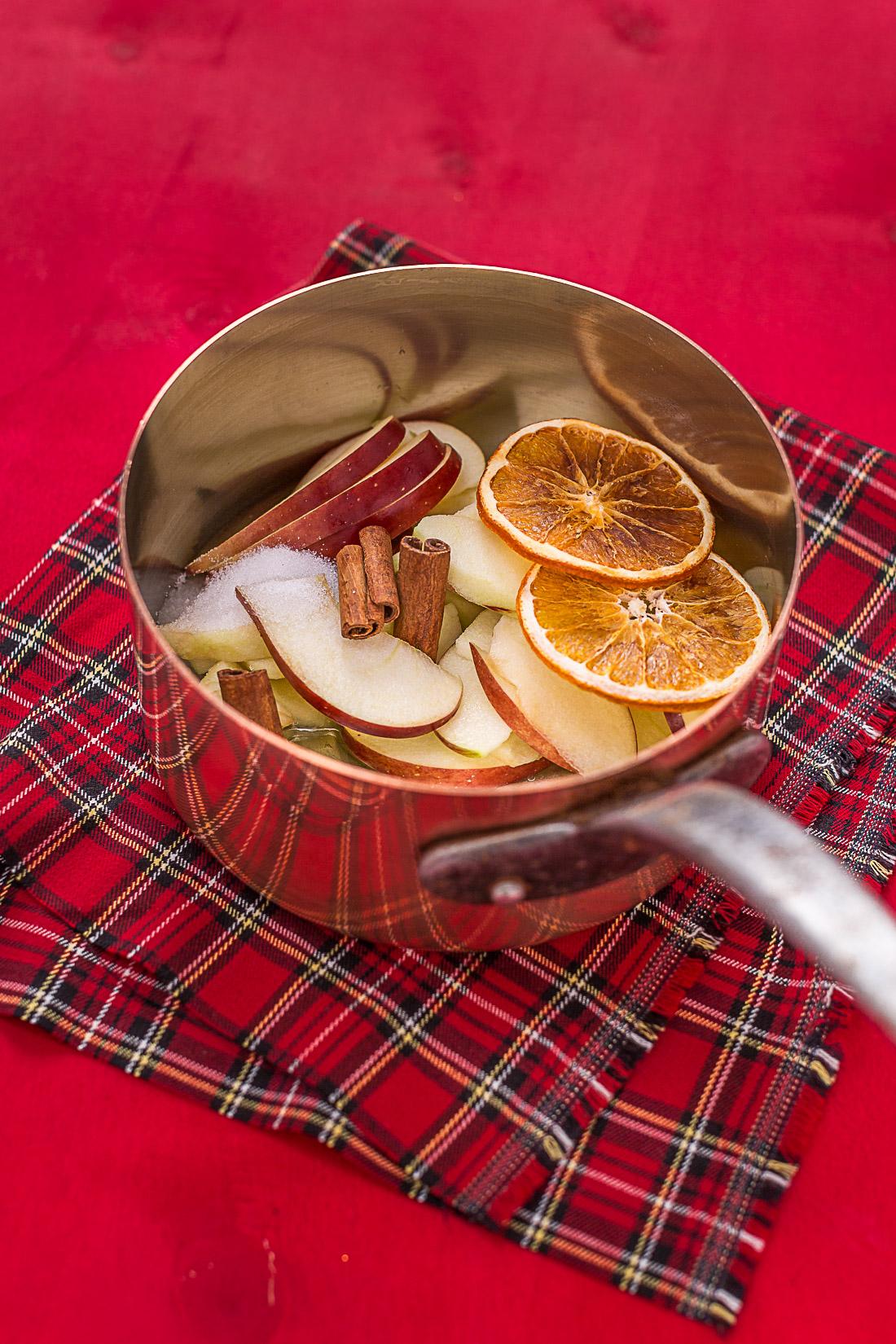 pancakes integrali alla cannella e mele caramellate senza uova senza burro senza zucchero - #vegan apple cinnamon wholemeal pancakes