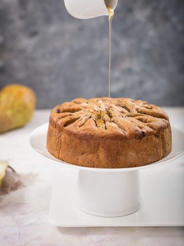 torta di pere senza burro senza uova senza zucchero vegan con cioccolato - light vegan pear cake_
