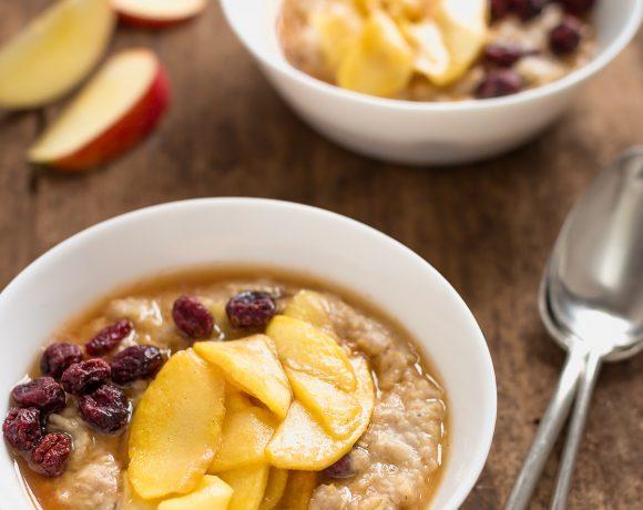 porridge di avena alle mele caramellate e cannella - caramelized apple oatmeal