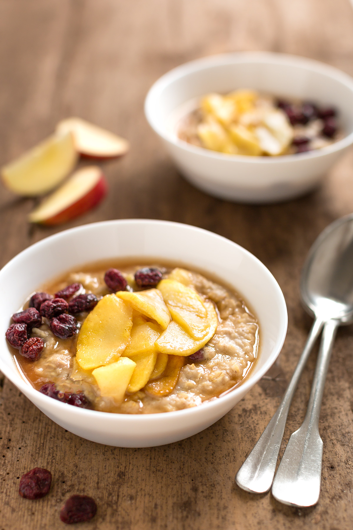 porridge di avena alle mele caramellate e cannella - caramelized apple oatmeal