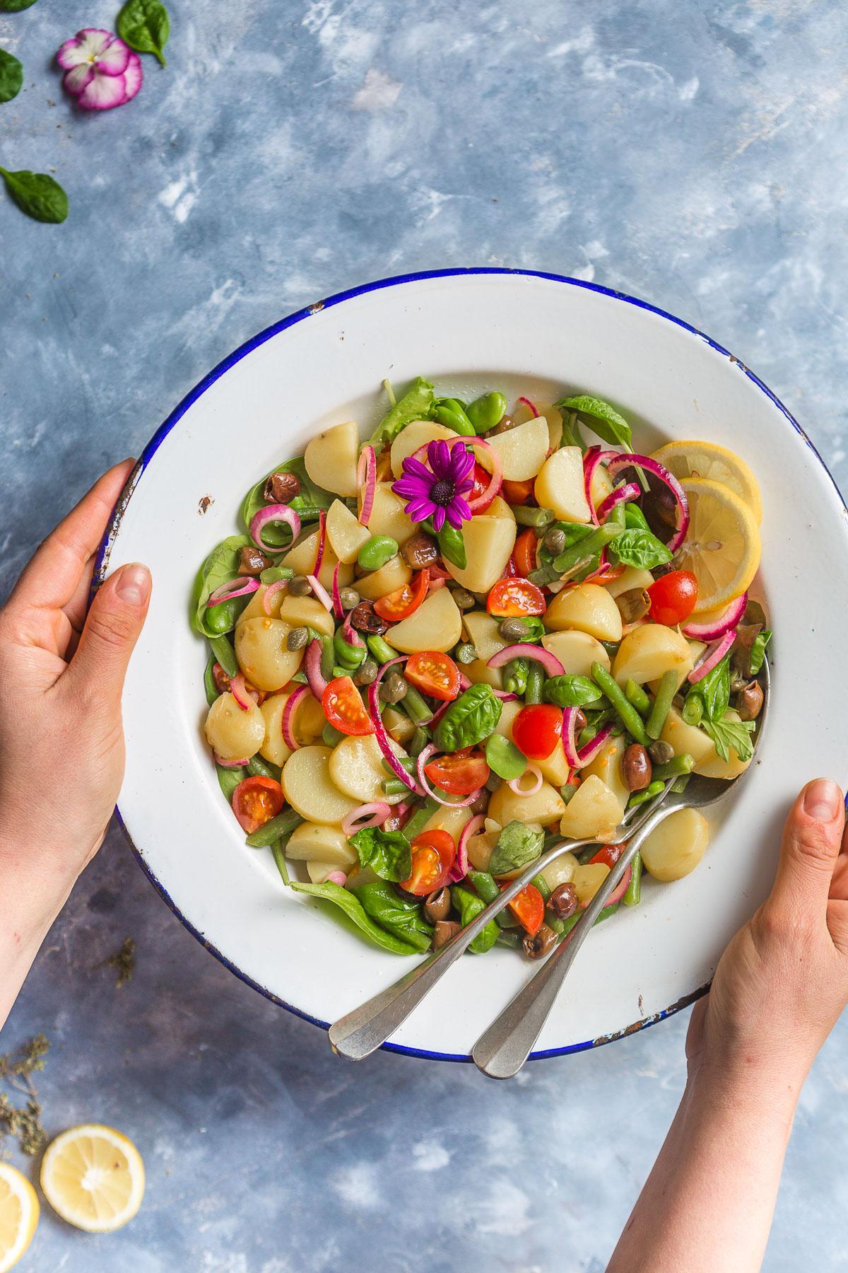 Italian spring fava bean and GREEN BEAN POTATO SALAD #VEGAN - insalata pantesca insalata di patate con fagiolini e fave vegana
