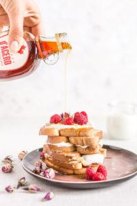 #VEGAN #glutenfree FRENCH TOAST recipe with vanilla and coconut whipped cream - ricetta FRENCH TOAST vegan #senzaglutine alla vaniglia in padella e al forno 2