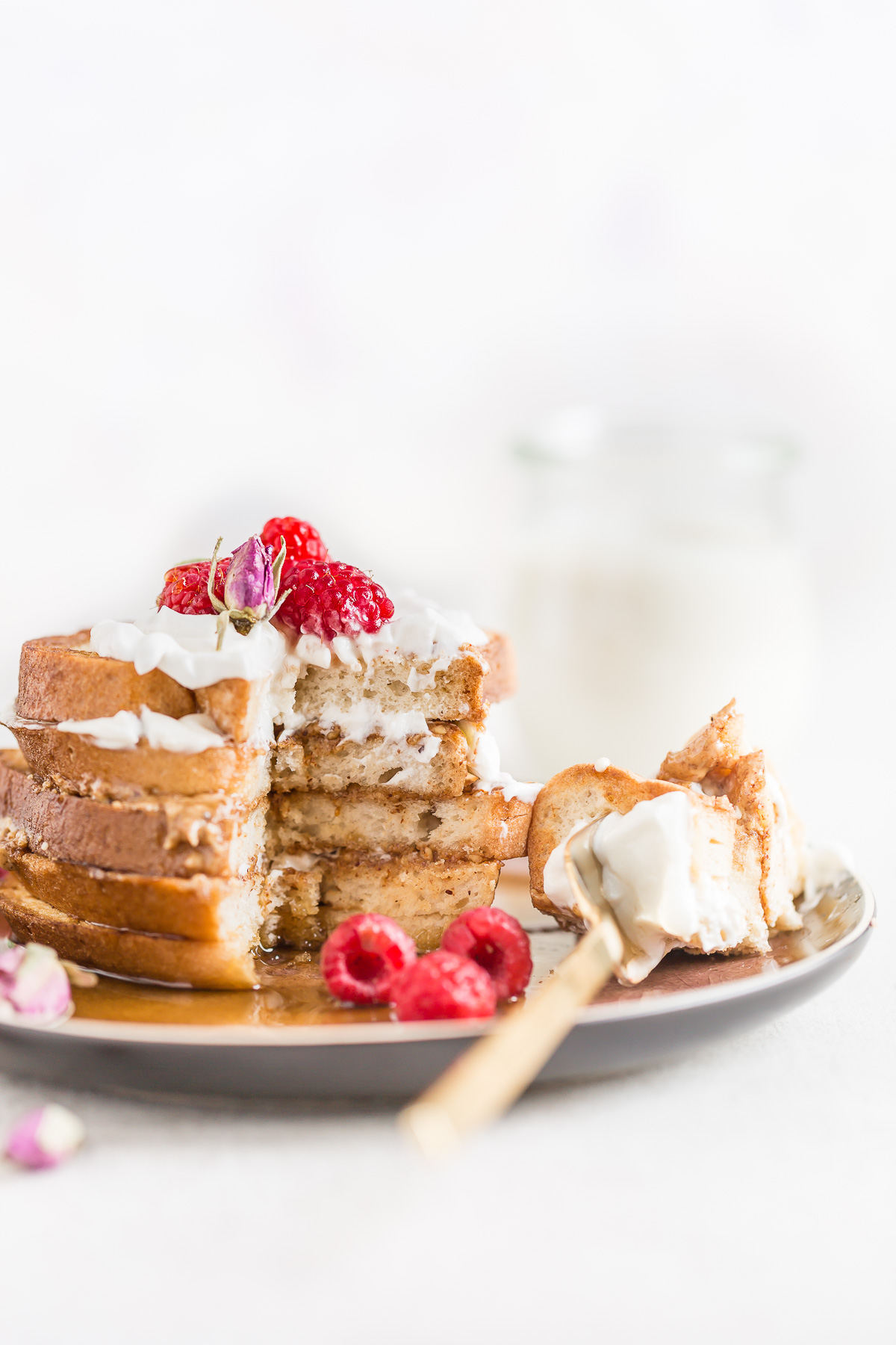 #VEGAN #glutenfree FRENCH TOAST recipe with vanilla and coconut whipped cream - ricetta FRENCH TOAST vegan #senzaglutine alla vaniglia in padella e al forno 2