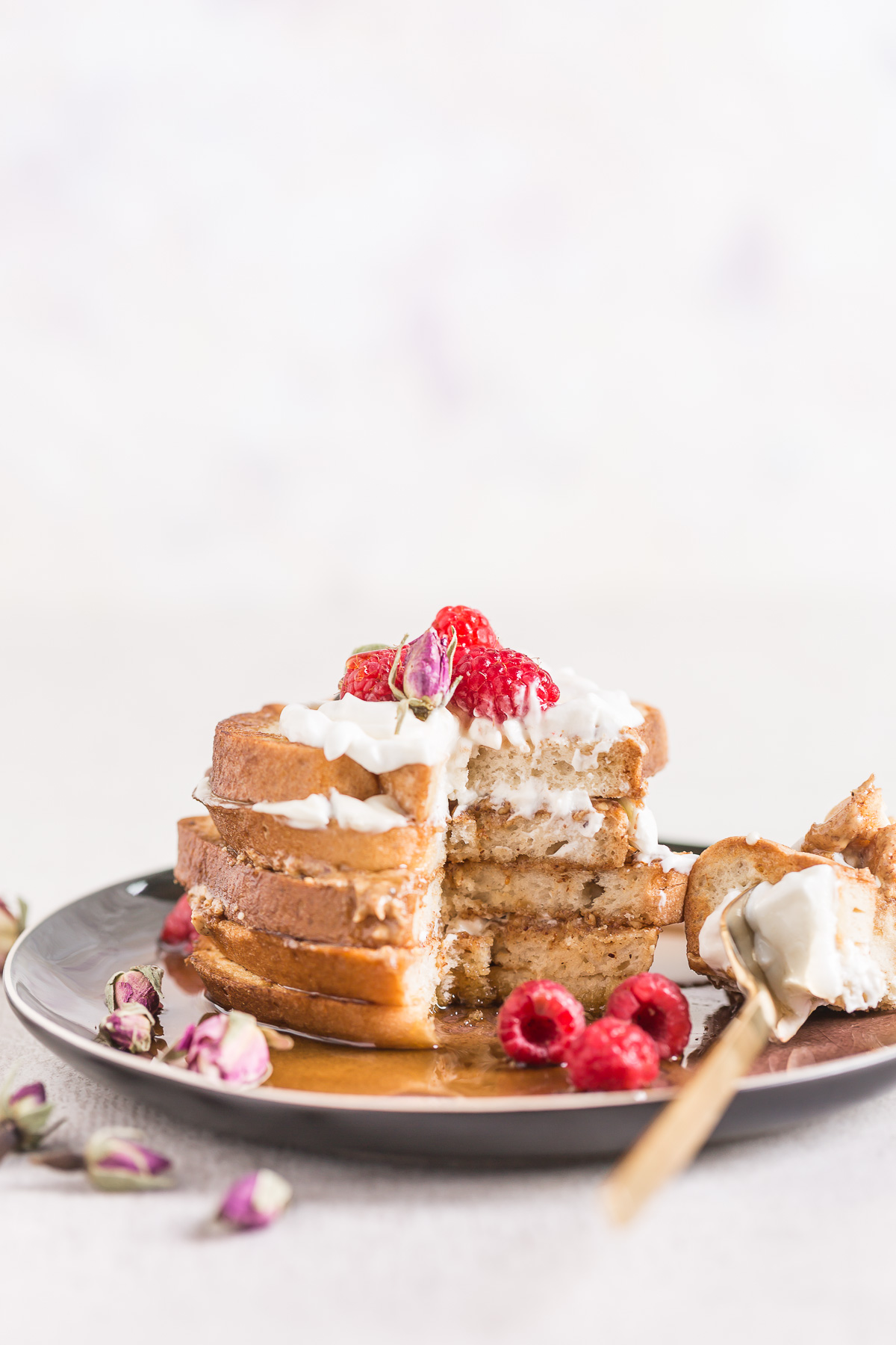 #vegan #glutenfree FRENCH TOAST recipe with vanilla and coconut whipped cream - FRENCH TOAST VEGAN SENZA GLUTINE alla vaniglia in padella e al forno 2