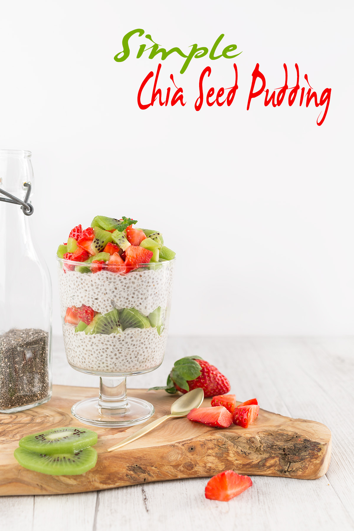 strawberry vanilla vegan simple CHIA SEED PUDDING basic recipe CHIA PUDDING ricetta base BUDINO di SEMI di CHIA vegan senza glutine alle fragole vaniglia