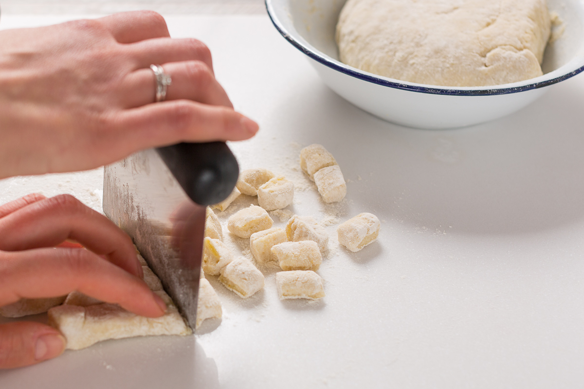 VEGAN LEMON GNOCCHI recipe with PEA PESTO #vegan #glutenfree or with whole spelt flour gnocchi al limone senza uova con pesto di piselli ricetta vegan how to make #vegan #gnocchi