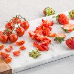 vegan #STRAWBERRY TOMATO BALSAMIC BRUSCHETTA recipe - BRUSCHETTE FRAGOLE E POMODORINI all'ACETO BALSAMICO #vegan #senzaglutine #balsamic #bruschetta #tomato