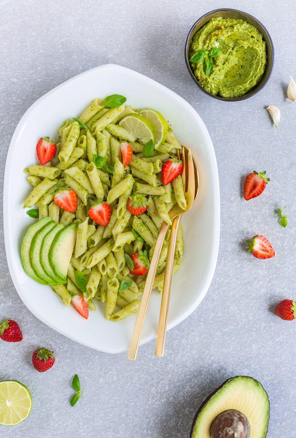 #vegan creamy #AVOCADO ZUCCHINI #PESTO PASTA with konjac rich in fibers - PASTA al PESTO di AVOCADO e ZUCCHINE vegan ricca di fibre