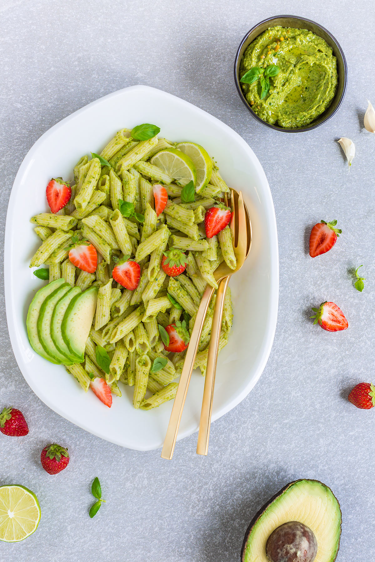 #vegan creamy #AVOCADO ZUCCHINI #PESTO PASTA with konjac rich in fibers - PASTA al PESTO di AVOCADO e ZUCCHINE vegan ricca di fibre
