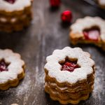VEGAN LINZER COOKIES original recipe Christmas cookies . ricetta originale BISCOTTI LINZER VEGANI biscotti di Natale vegan