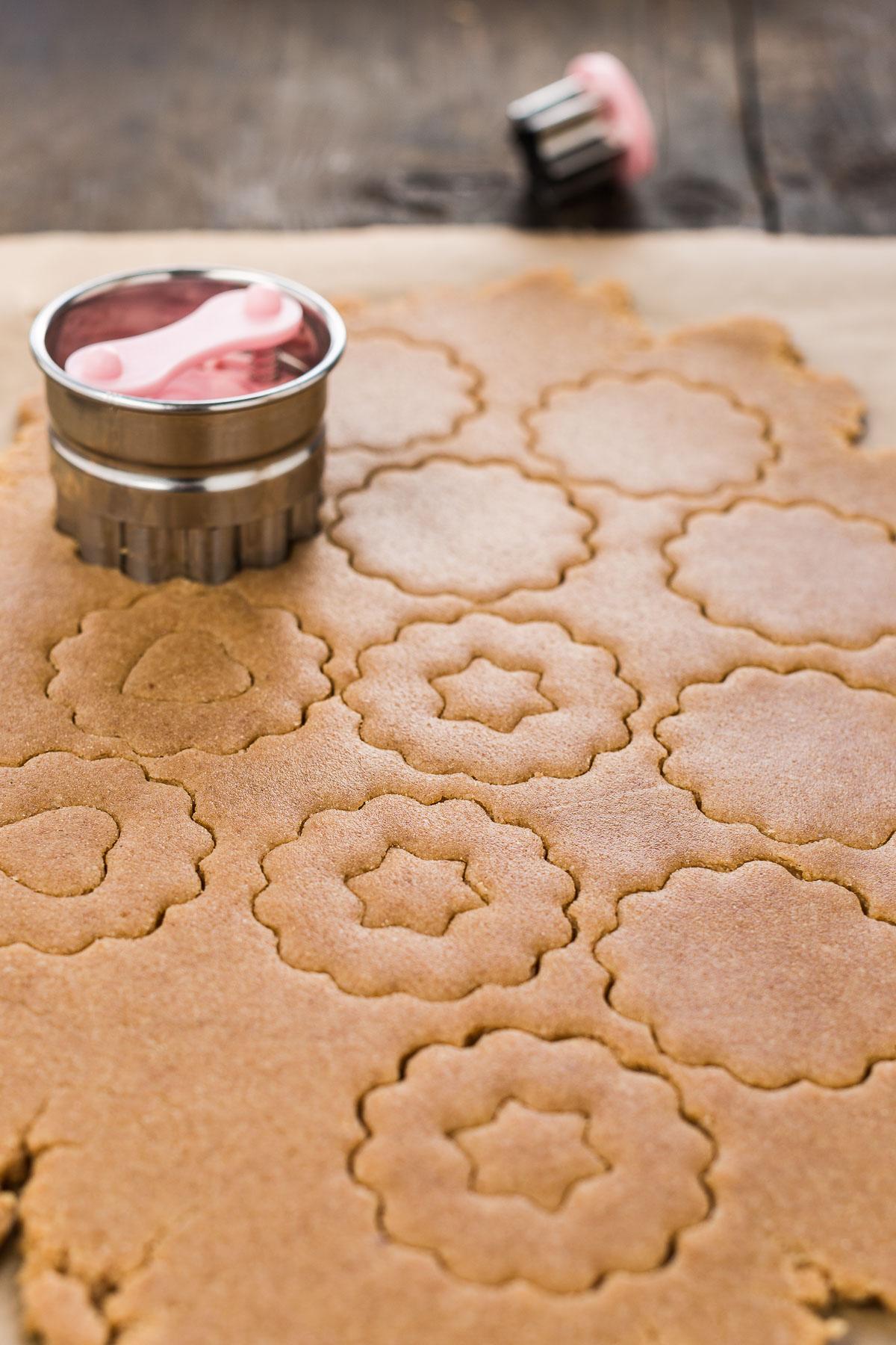 how to make VEGAN LINZER COOKIES original recipe Christmas cookies BISCOTTI LINZER VEGANI ricetta biscotti di Natale vegan