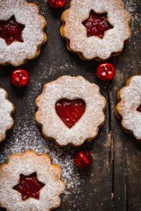 ricetta originale BISCOTTI LINZER VEGANI senza burro senza uova biscotti di Natale #VEGAN #LINZER COOKIES easy recipe Christmas cookies