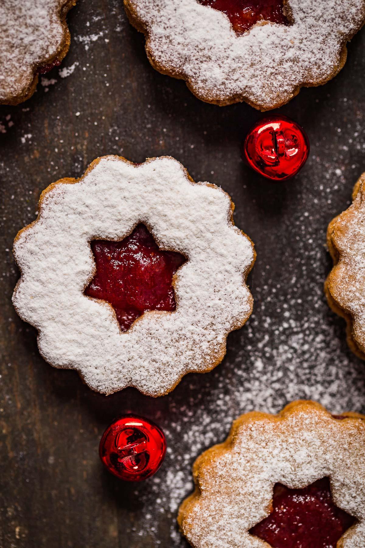 ricetta originale BISCOTTI LINZER VEGANI senza burro senza uova biscotti di Natale -VEGAN LINZER COOKIES original recipe homemade Christmas cookies