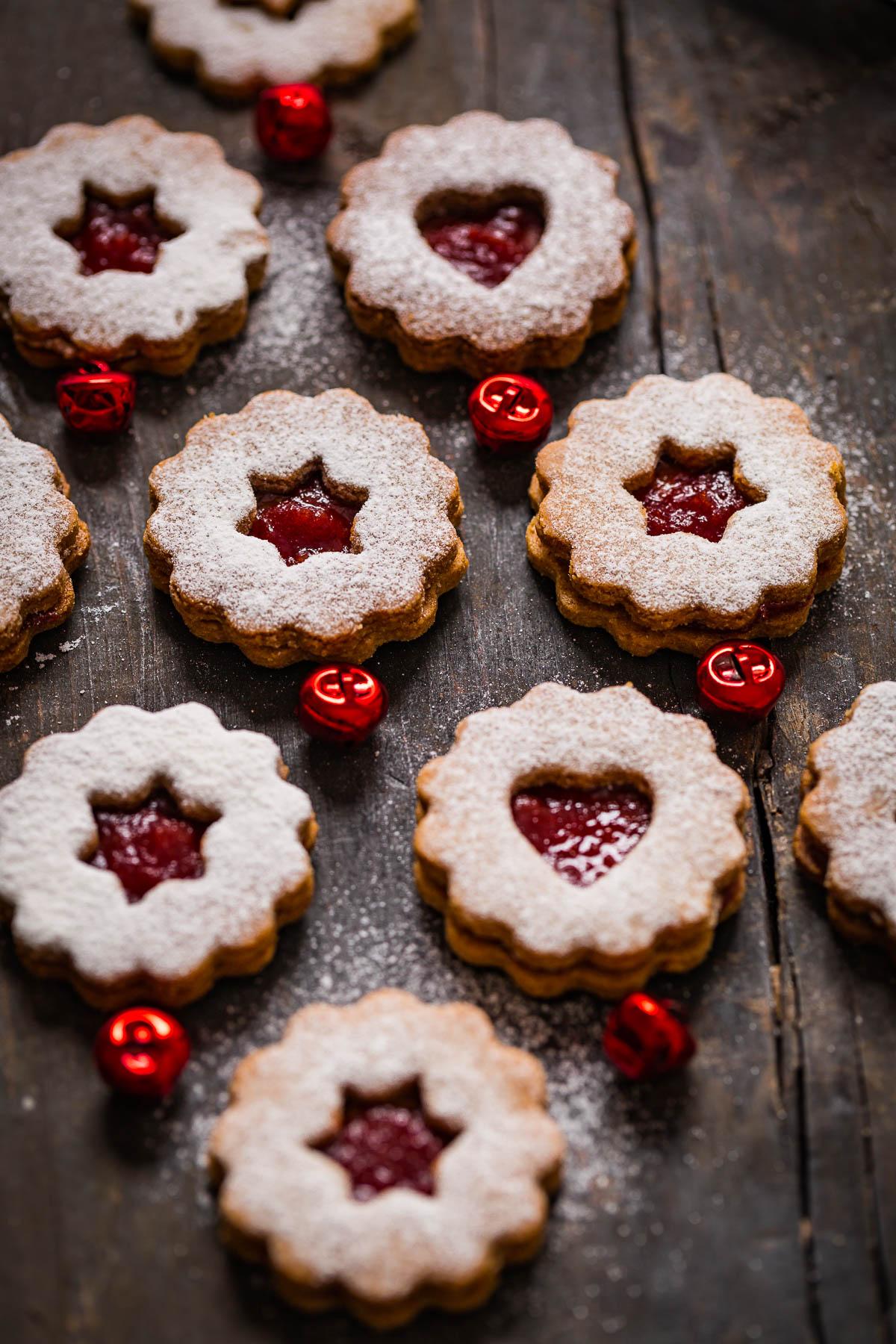ricetta originale BISCOTTI LINZER VEGANI senza burro senza uova biscotti di Natale -VEGAN LINZER COOKIES recipe Christmas cookies