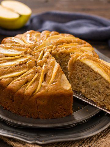 torta di mele vegan all'arancia light farina di farro integrale easy vegan apple cake refined sugar free whole spelt flour orange apple vegan