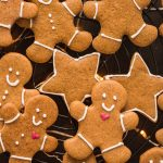 vegan gingerbread man light and crispy - biscotti pan di zenzero vegani croccanti e friabili #vegan gingerbread