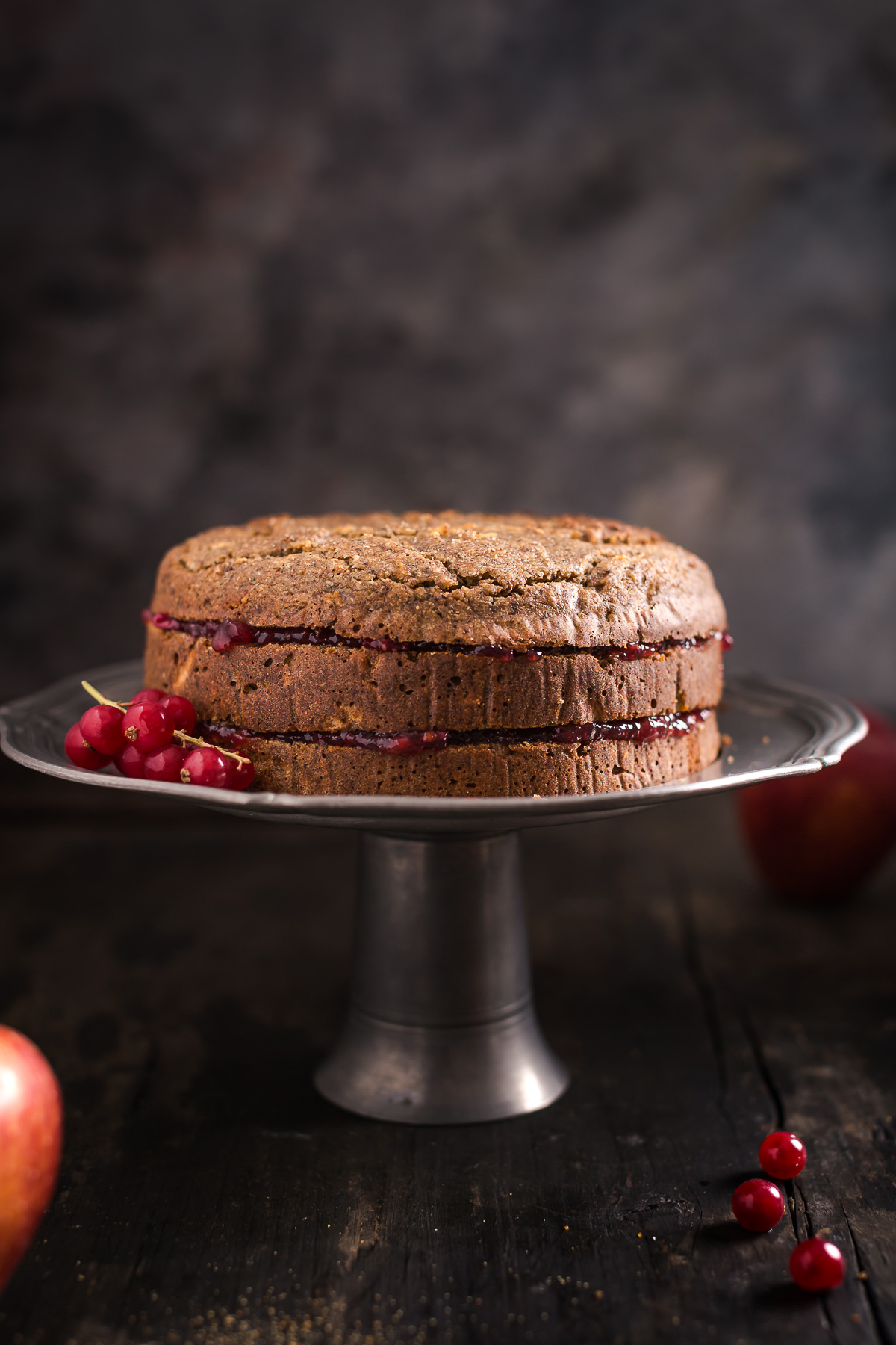 ricetta TORTA di GRANO SARACENO VEGAN SENZA GLUTINE altoatesina con marmellata di mirtilli rossi mandorle e mele senza burro senza uova - BUCHWEIZENTORTE Schwarzplententorte #vegan #glutenfree BUCKWHEAT APPLE CAKE with ALMONDS #apple #cake