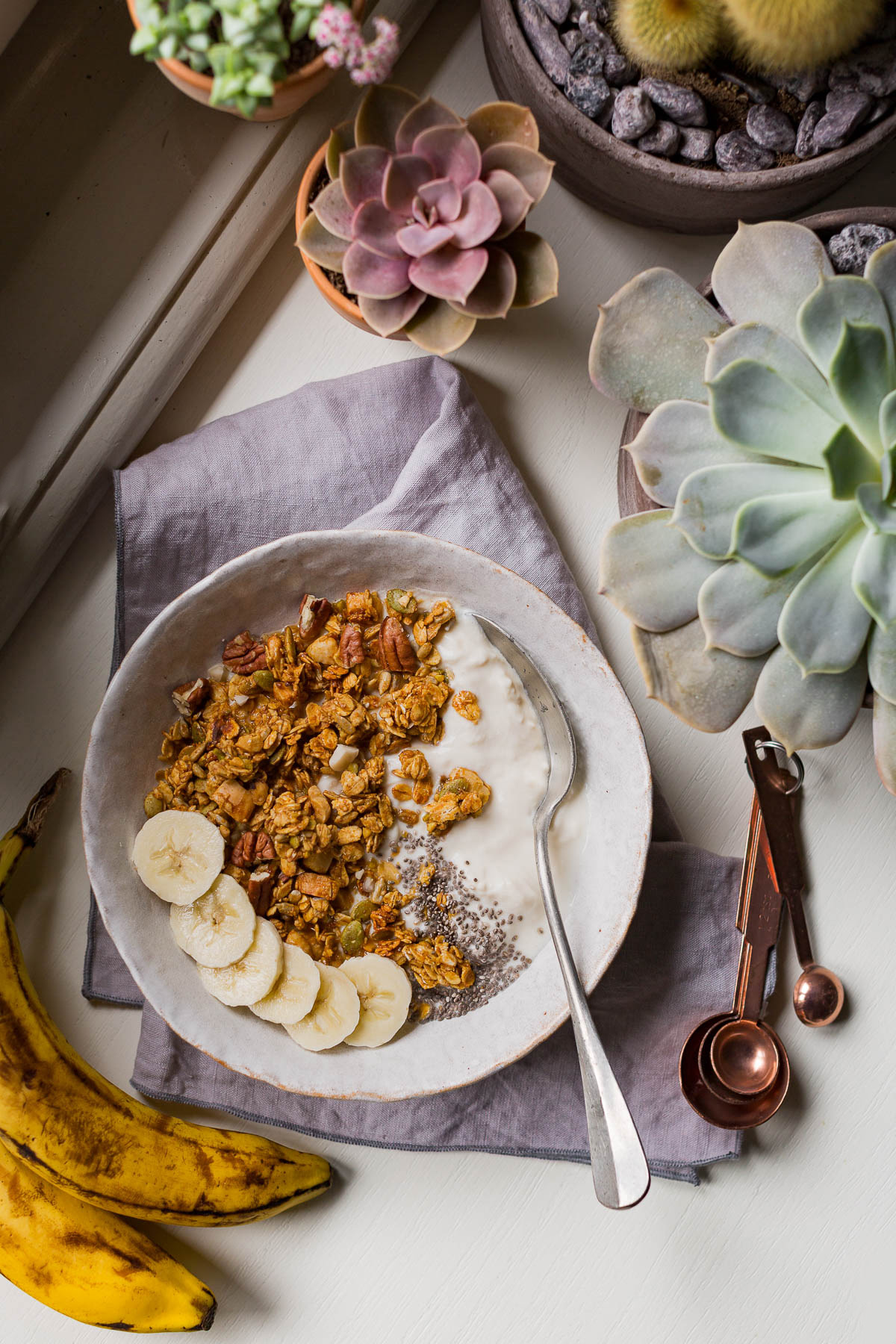 BANANA BREAD GRANOLA VEGAN SENZA GLUTINE con sciroppo d acero #granola light simple VEGAN glutenfree BANANA BREAD GRANOLA recipe