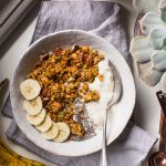 BANANA BREAD GRANOLA VEGAN senza glutine con sciroppo d acero #granola light simple #vegan glutenfree banana bread granola