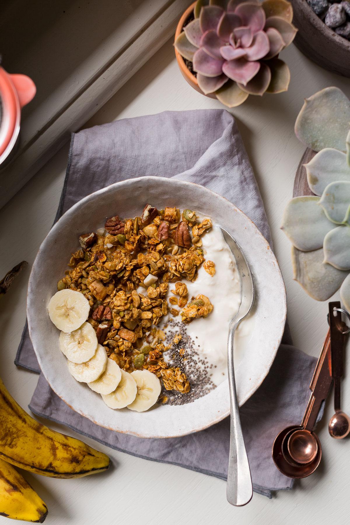 ricetta BANANA BREAD GRANOLA VEGAN senza glutine con sciroppo d acero #granola light simple VEGAN glutenfree banana bread #granola