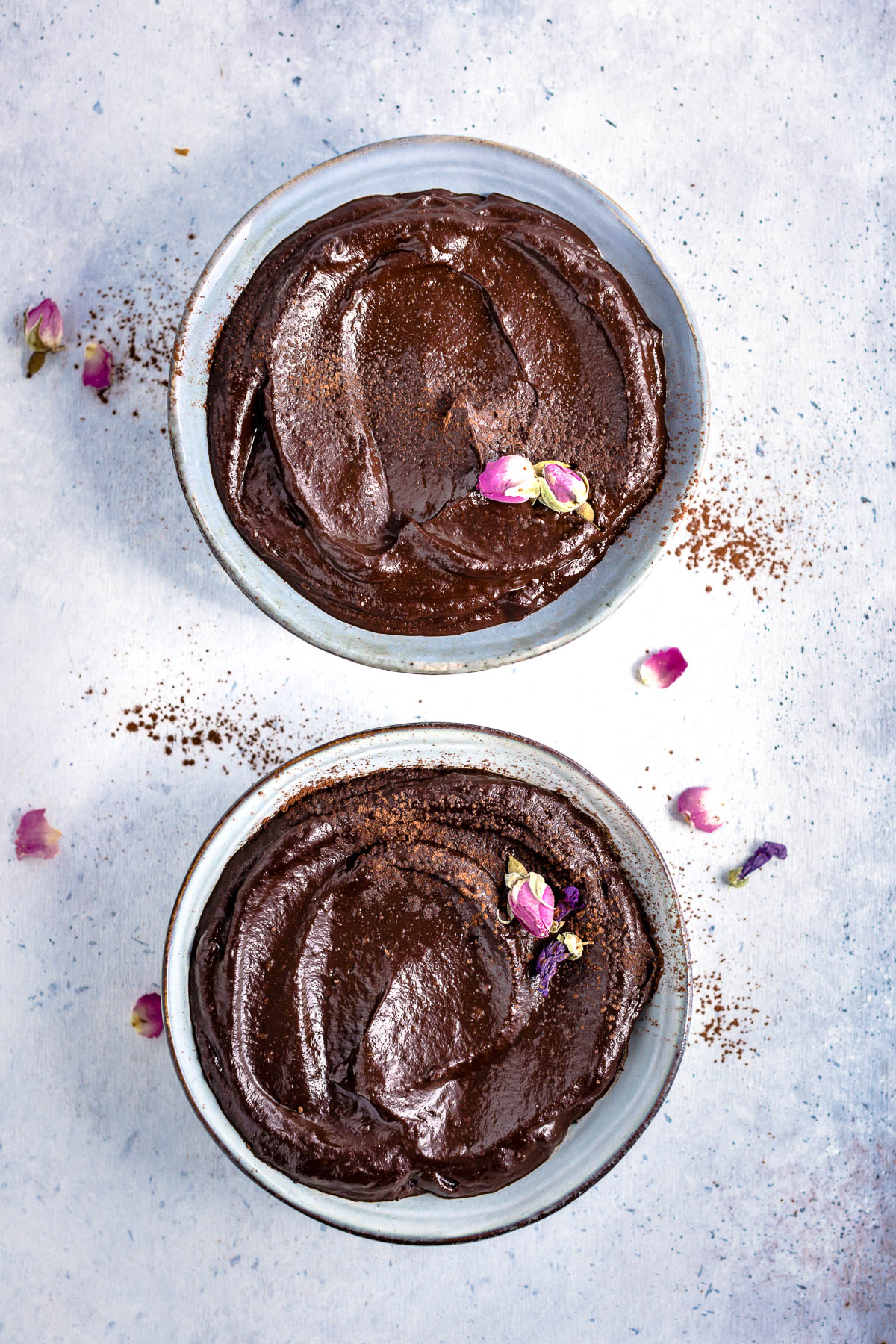 #vegan CHOCOLATE AVOCADO DATE MOUSSE recipe with coffee glutenfree MOUSSE AVOCADO CACAO e DATTERI al caffe senza glutine senza zucchero senza lattosio.