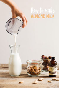 How to make vegan homemade ALMOND MILK dairyfree milk recipe ricetta LATTE di MANDORLE fatto in casa vegan senza lattosio senza zucchero cremoso facile veloce
