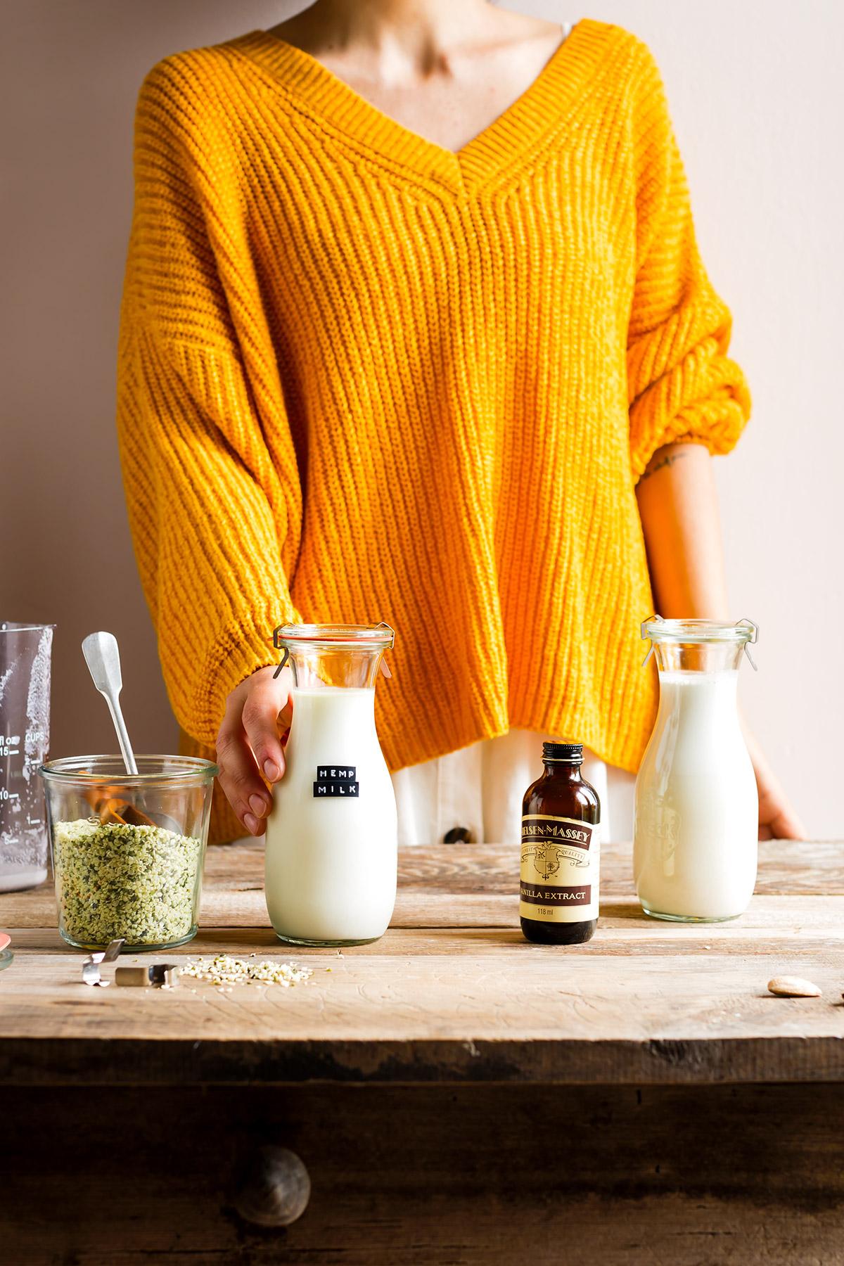 Vegan glutenfree HEMP MILK recipe dairyfree ricetta LATTE DI CANAPA fatto in casa 2 ingredienti pronto in 3 minuti cremoso leggero ricco di proteine senza glutine senza lattosio