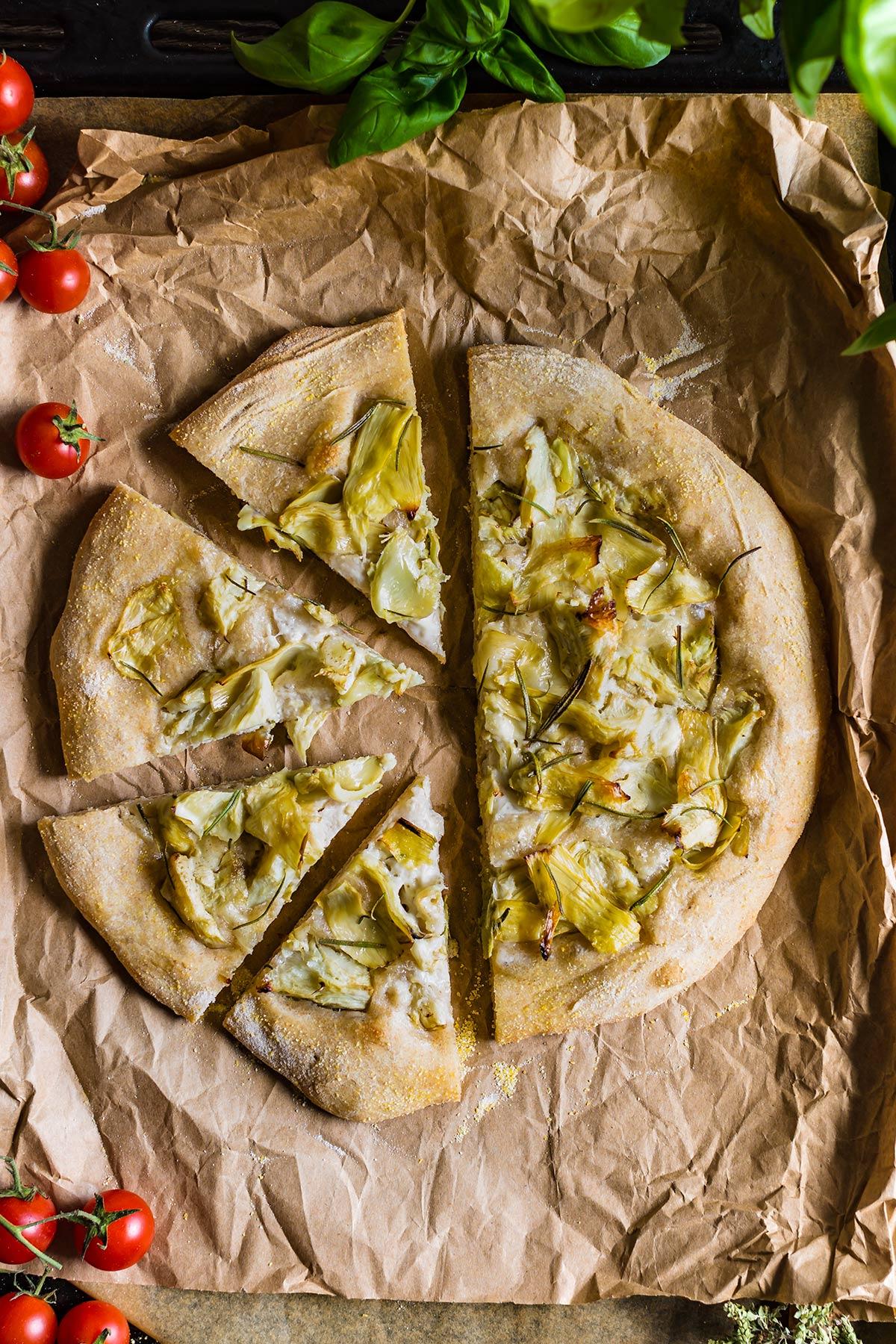 come fare la PIZZA VEGAN ai CARCIOFI PIZZA di FARRO a lunga lievitazione con SALSA MOZZARELLA VEGAN How to make VEGAN SPELT PIZZA with VEGAN MOZZARELLA SAUCE artichoke pizza