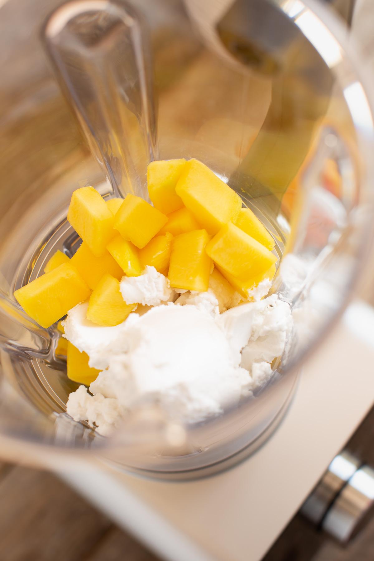 How to make VEGAN COCONUT MANGO SAFFRON ICECREAM recipe paleo come fare il GELATO COCCO e MANGO allo ZAFFERANO senza gelatiera 4 ingredienti paleo Vegan
