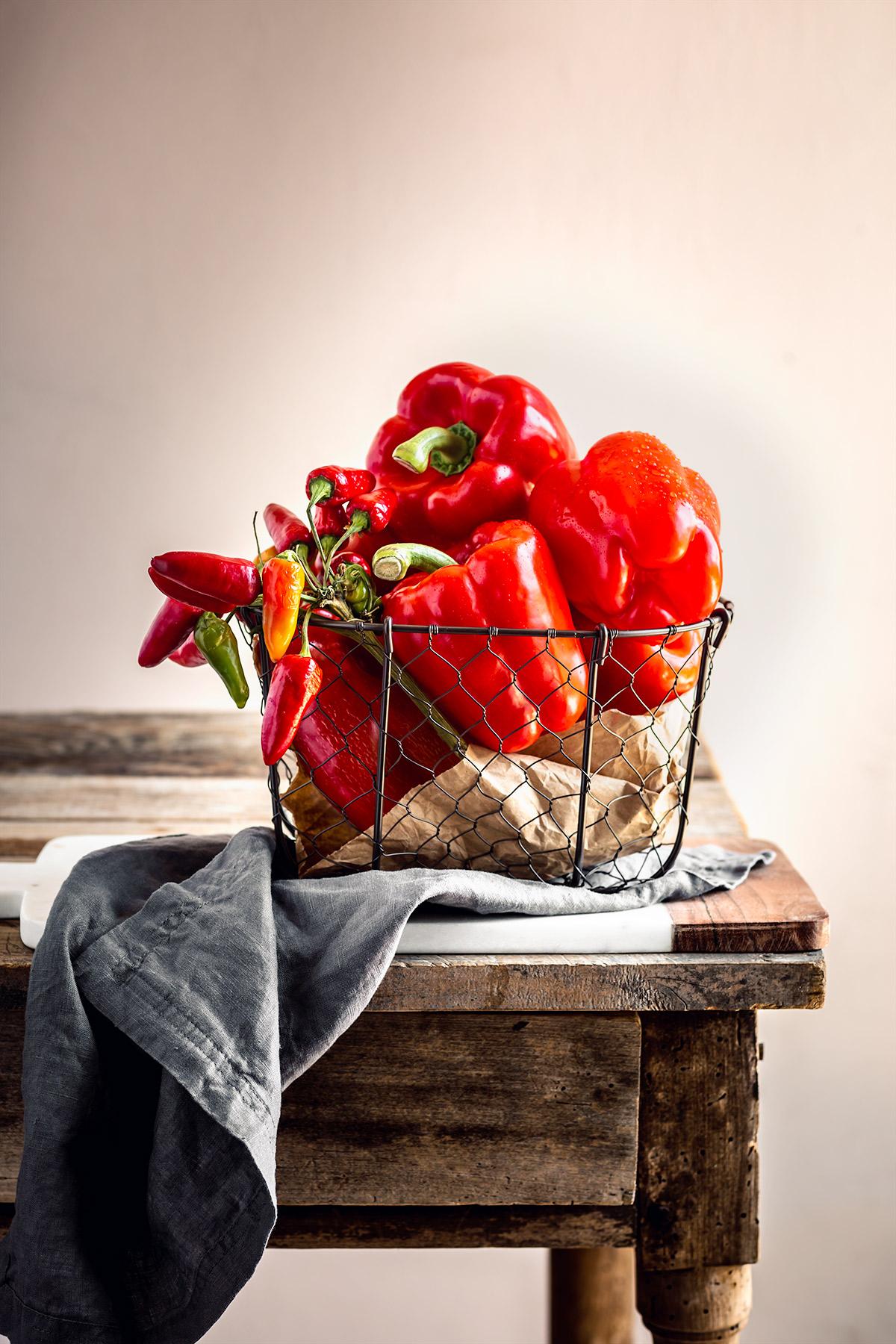 creamy vegan ROASTED RED PEPPER PASTA SAUCE recipe ricetta pasta conSALSA ai PEPERONI arrostiti