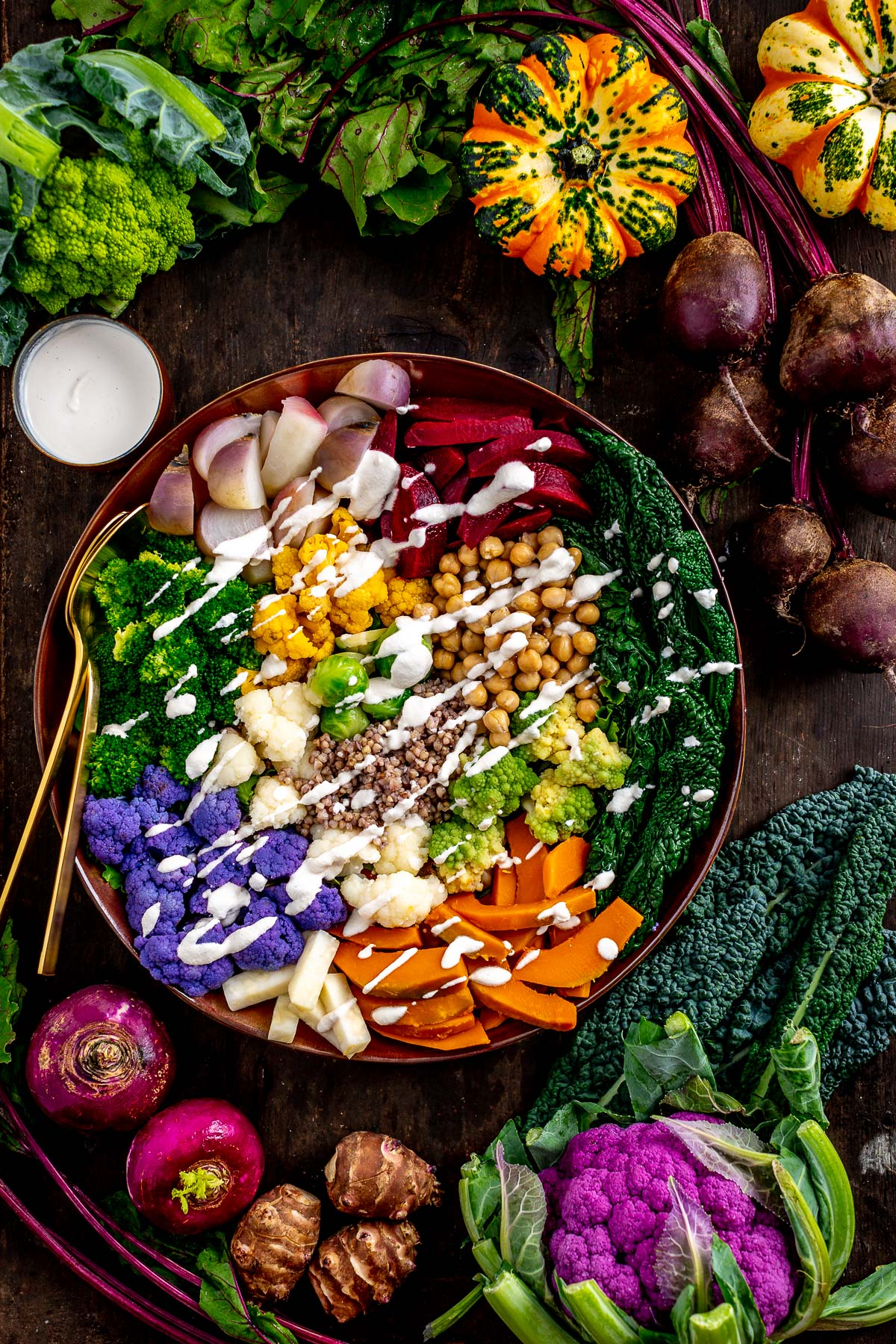 Rainbow FALL HARVEST BUDDHA BOWL with steamed vegetables and EGG-FREE AIOLI Buddha bowl autunnale insalata di verdure al vapore e aioli senza uova #vegan