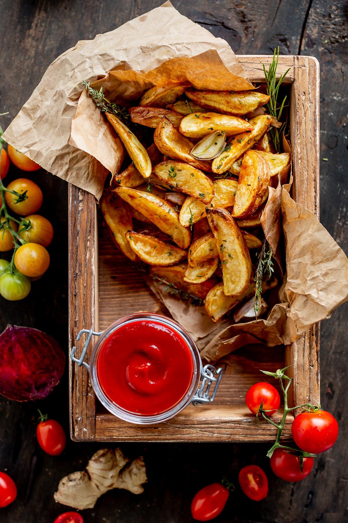 VEGAN homemade tomato BEET KETCHUP recipe refined sugar free ricetta KETCHUP fatto in casa alla BARBABIETOLA sano vegan senza glutine senza zucchero raffinato